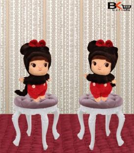 دختر عروسکی لباس گربه ای