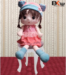دختر عروسکی سندی لباس دار