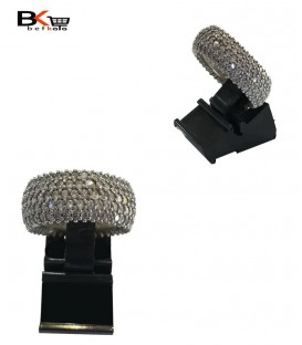 انگشتر نقره زنانه پوشیده با نگین